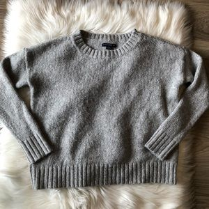 Silver AEO Chunky Knit Sweater Size Small